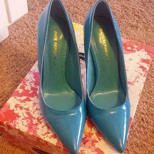 Brand new blue high heels